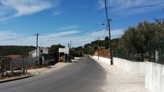 Percurso Pedonal entre a Corredoura e o Zambujal em fase de conclusão.