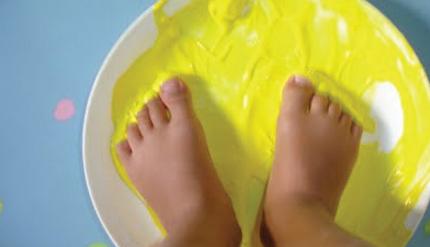 Expressão Plástica | Pintura com pés